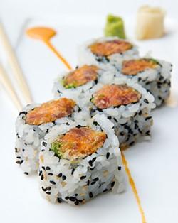 Spicy crunchy tuna roll at Tsubaki. (Shannon Cornman)