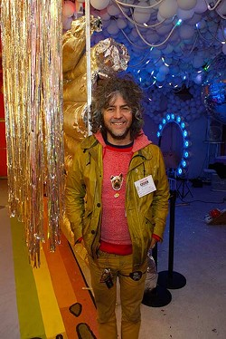 Wayne-Coyne-of-The-Flaming-Lips-37mh1.jpg