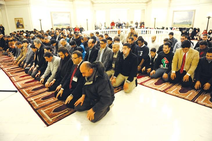 muslim-day-7223gf.jpg