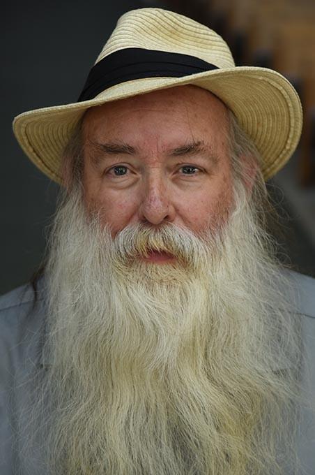 Bob-Woodruff-with-hat_1612mh.jpg