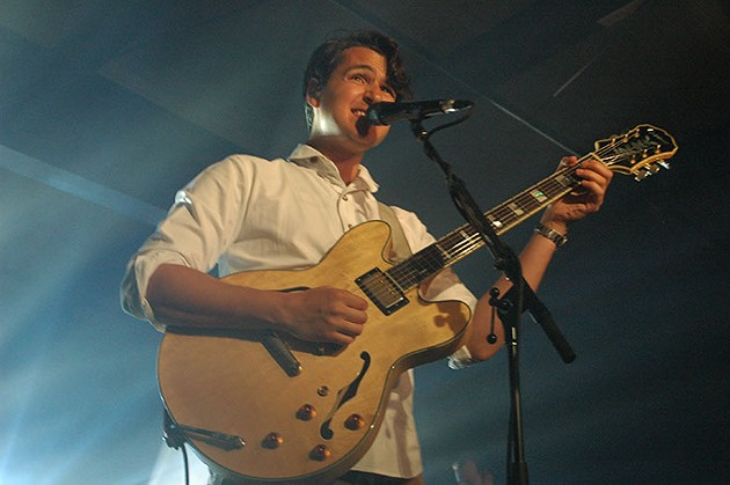 Ezra Koenig, frontman (Devon Green)