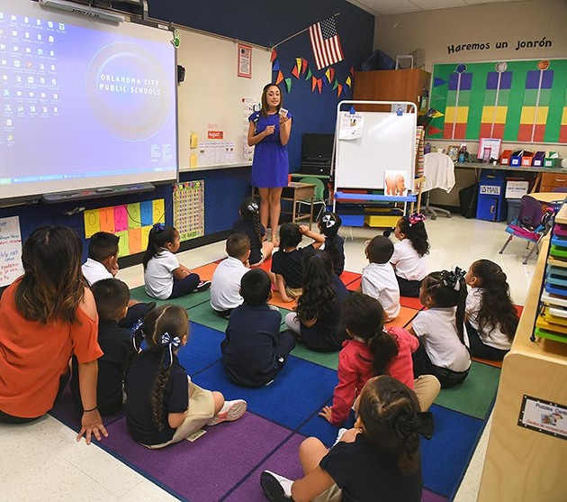 Delilah Jaurez teaches class at Heronville Elementary School. (Mark Hancock)