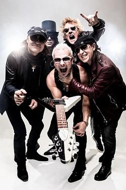 Scorpions_Return-To-Forever_c-Oliver-Rath_03.jpg