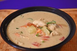 Green Curry at Thai Rice & Noodle Cafe in Del City, 12-28-15. - MARK HANCOCK