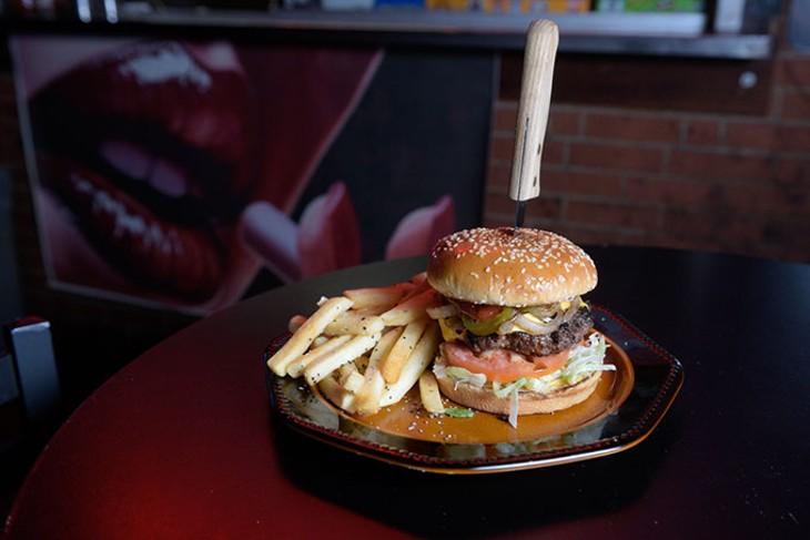 Jalapeño Tex-Mex burger and fries at Red Dog Cafe. (Garett Fisbeck)