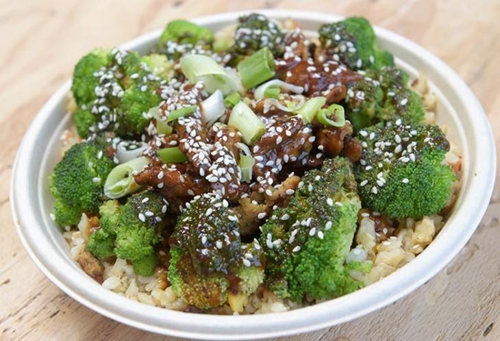 Sesame rice bowl | Photo Garett Fisbeck