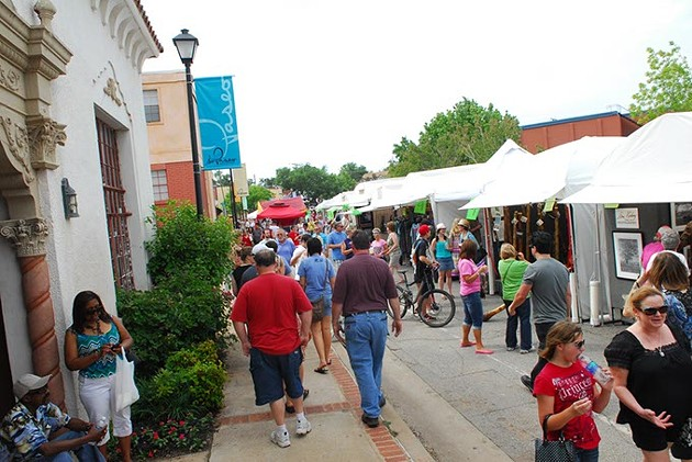 Guests browse the 2015 Paseo Arts Festival. | Photo Gazette / File