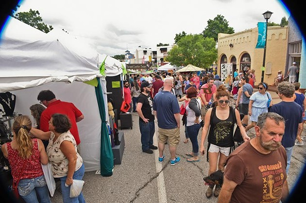 Paseo-Festival-2015-People-and-no-rain_2515mh.jpg