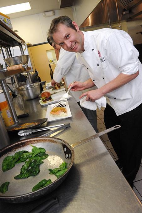 1-Chef-Jonathan-Groth83.jpg