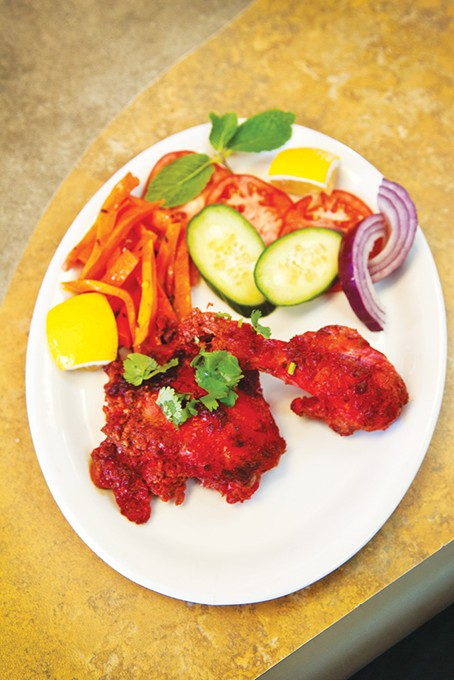 chicken_with_vegitables_at_tandoor_restaurant_16mh_1_.jpg