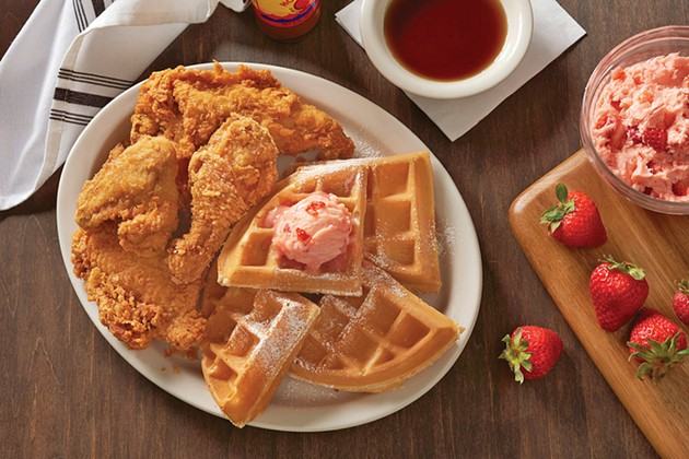 metrodiner_fried_chicken_and_waffle_1.jpg