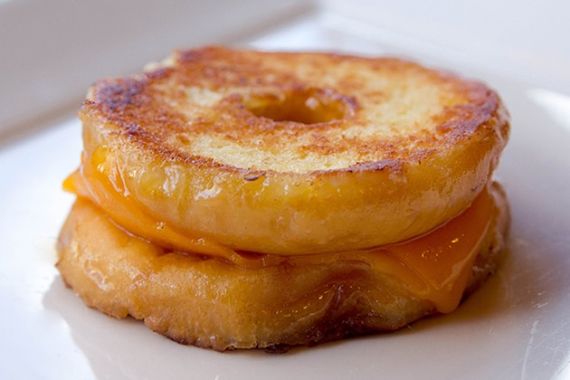 tom_chee_grilled_cheese_donut.jpg