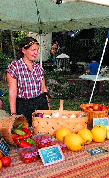 The W Bar M Sheep and Wool produce booth at Paseo Art District Sundaze Organic Festival. (Devon Green)