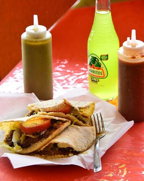 Taqueria-Y-Restaurant-El-Milagro_8581mh.jpg