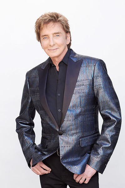Barry-Manilow_2015-by-STILETTO-Entertainment-Provided-.jpg