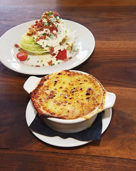 french_onion_soup_n_wedge_salad_8484mh_1.jpg