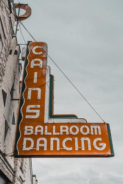 Cain's Ballroom - WIKIMEDIA.COM