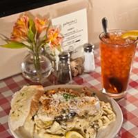 Chicken piccata and iced tea. (Mark Hancock)