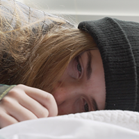Code Red stars Chloe Wyatt as Kiara Folsom, a teenager navigating everyday life while her mother is incarcerated.