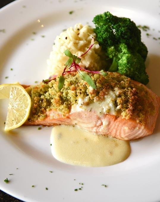 Bellinis-Salmon-2096mh.jpg