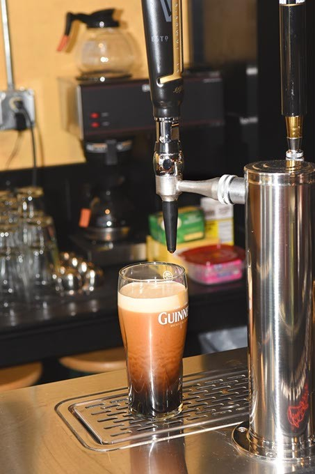 A fresh Guiness draw, at The Black Raven Pub in Choctaw, Oklahoma, 5-26-2015. - MARK HANCOCK