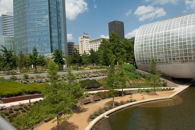 Myriad-Gardens-and-cityscape_0136mh.jpg