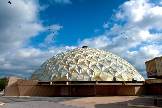 Gold-Dome-with-birds-n-Sky-b204mh.jpg
