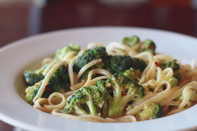 Linguine Broccoli at Moni's Pasta and Pizza. (Cara Johnson).