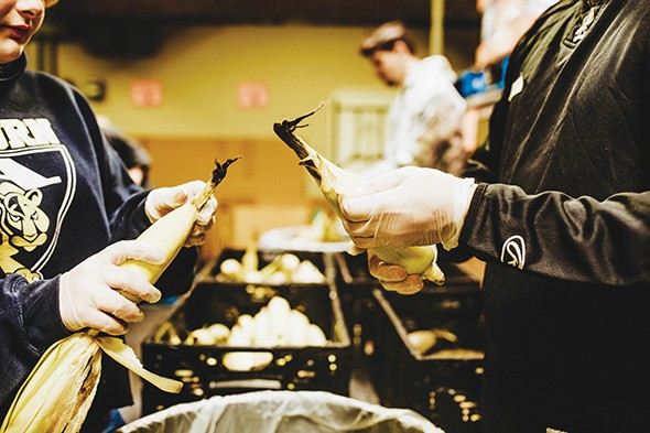 Regional Food Bank of Oklahoma provides fresh produce at Moore Food & Resource Center. - ALEXA ACE