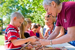 Students learn about Cherokee life and arts at Indian Territory Days
