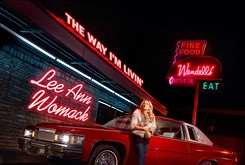 "Country traditionalist Lee Ann Womack is not defined by ""I Hope You Dance"" alone"