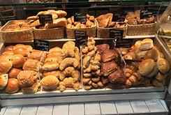 Food Briefs: Esca Vitae bakery, Malarkey's Dueling Piano Bar and more