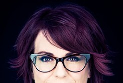 Megan Mullally returns to home state for new comedy show at Riverwind Casino