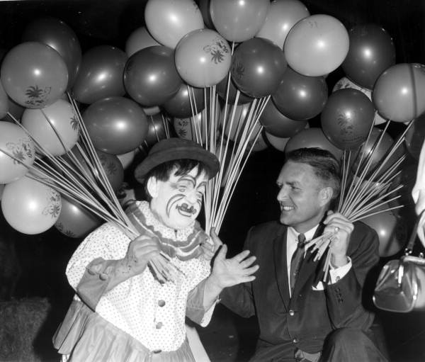 15 creepiest photos of clowns from Florida's past