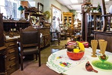 APPLE core antiques and gifts
