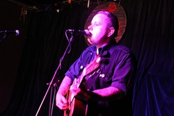 Austin Lucas at Will's Pub (photo by Ashley Belanger)