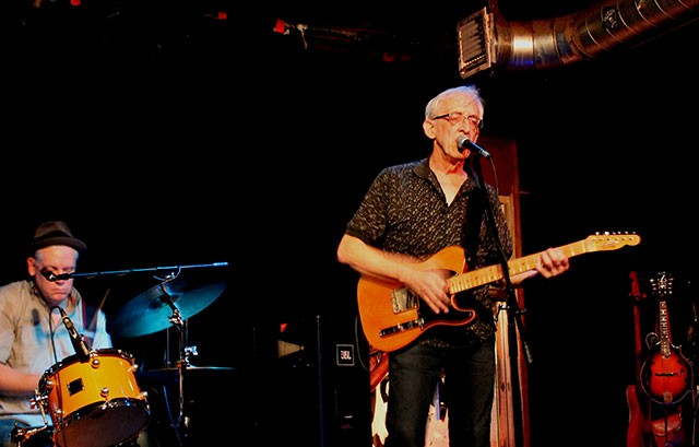 Bill Kirchen at Will's Pub; Photo by Ashley Belanger