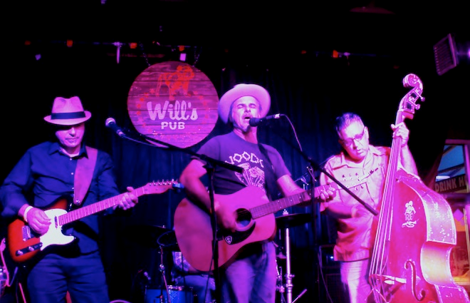 Classic Country Covers II at Will's Pub (photo by Ashley Belanger)