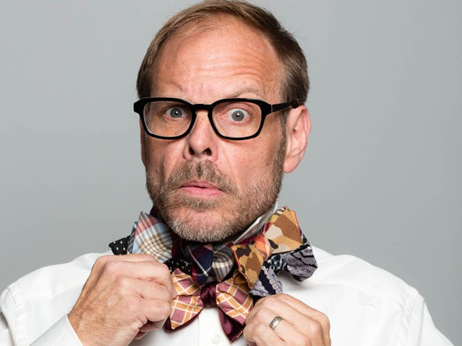 fn_alton-brown-bow-tie-02-horz_s4x3.jpg
