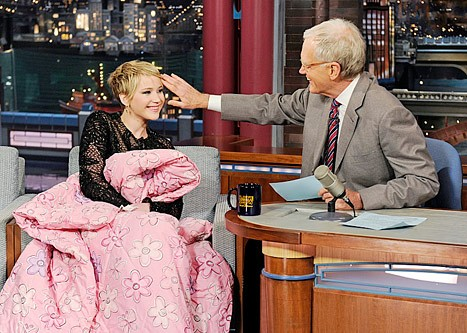 1385040778_jennifer-lawrence-david-letterman-lgjpg