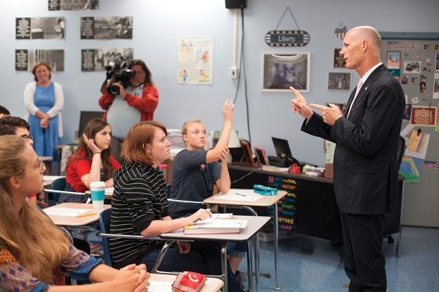 Gov. Scott talks with seniors at Ft. Walton Beach High School on his education listening tour