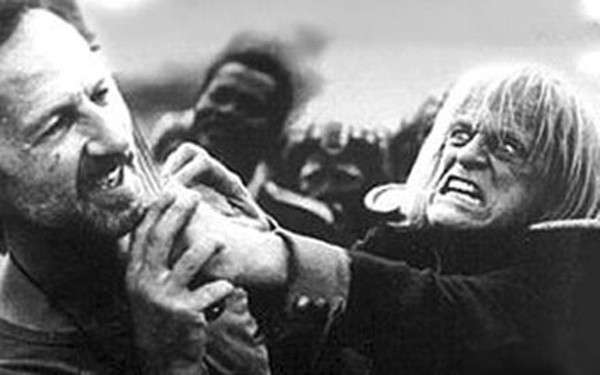 Herzog getting strangled by Klaus Kinski