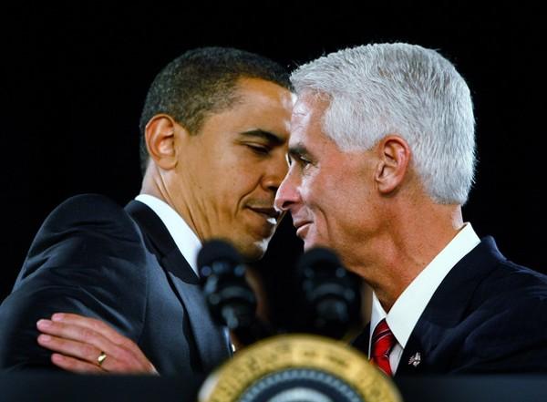 obama-crist-kiss-hugjpg