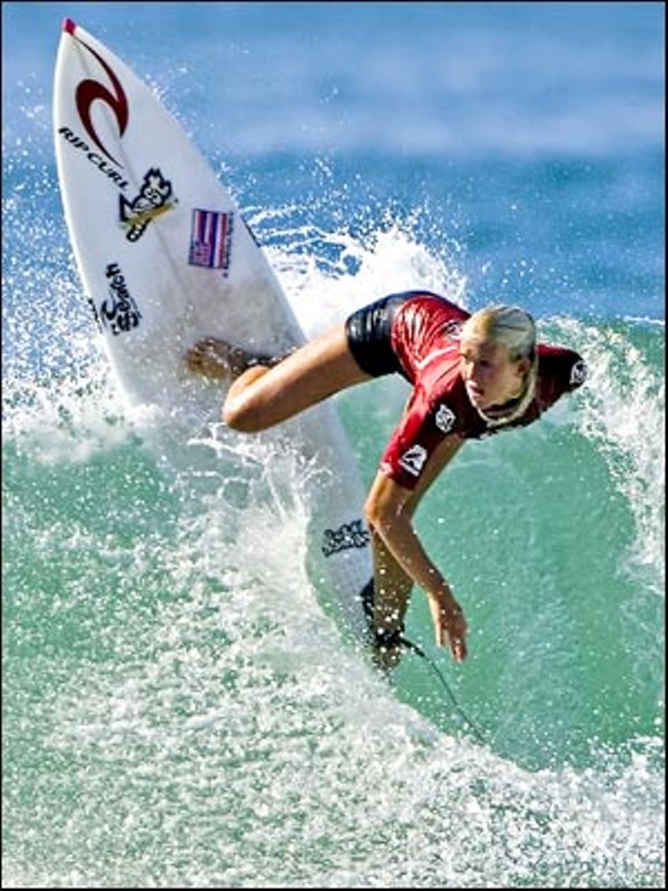 Soul Surfer Bethany Hamilton Signs Autographs And Meets Fans Blogs