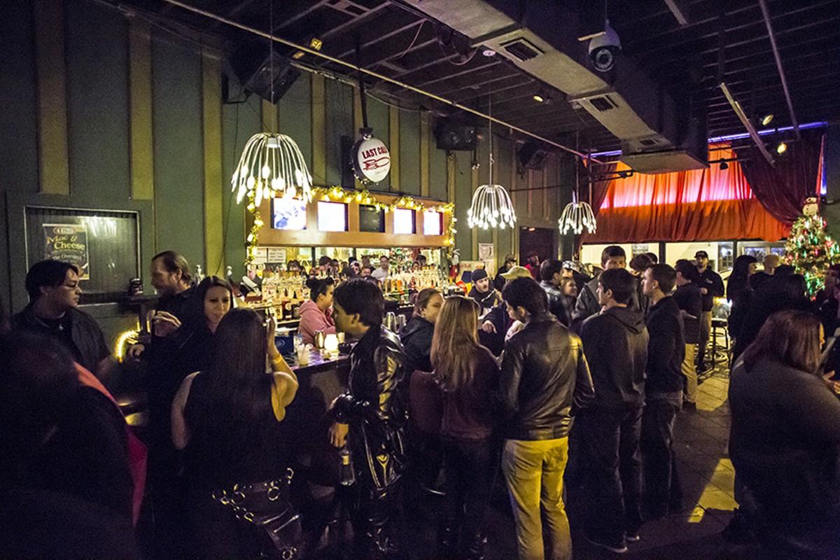 Independent Bar