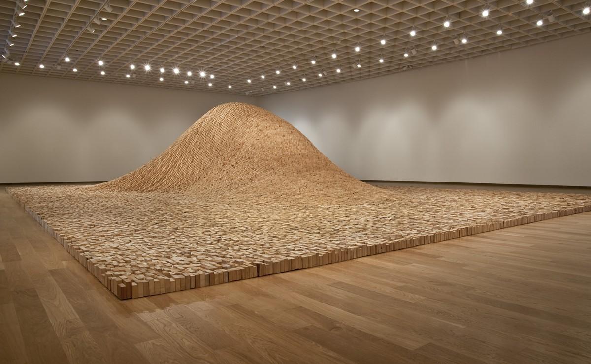 "Maya Lin, 2 x 4 Landscape, 2006, SFI certified wood 2 x 4s, 10' x 53'4"" x 35', © Maya Lin Studio, courtesy Pace Gallery."