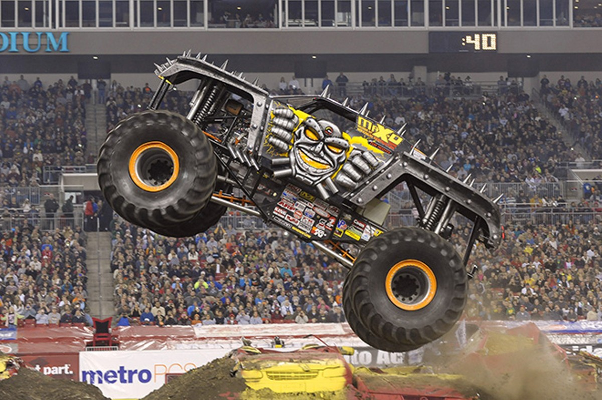 gallery_1-21_monster_jam_max_d_spiked_field_motorsports.jpg