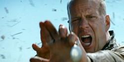 bruce-willis-in-looper-2012-movie-imagejpg