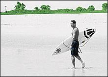 0530_sg_surfjpg