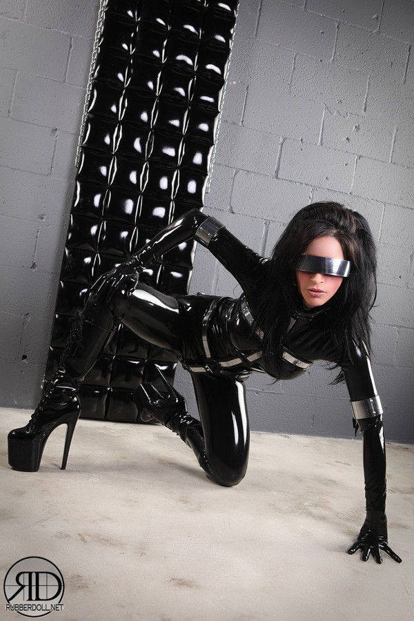 Photo courtesy Rubberdoll.net